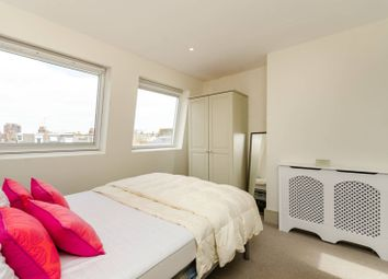 3 bed maisonette to rent in Harbord Street, Bishop's Park, London SW66Ph SW6