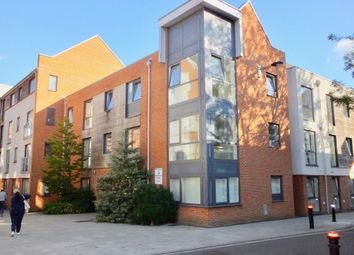 Thumbnail 2 bed flat for sale in Castle Way, Southampton