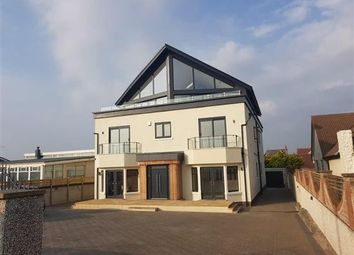 Thumbnail 2 bedroom flat to rent in North Promenade, Lytham St. Annes