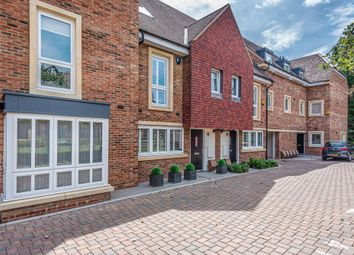 2 bed flat for sale in Osier Close, Orpington BR6