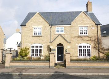 Thumbnail 4 bedroom detached house for sale in Paxton Drive, Fairfield, Hitchin