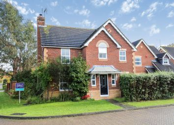 4 bed detached house to rent in Britten Close, Horsham RH13