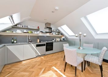 2 bed maisonette for sale in Heyford Avenue, Vauxhall SW8