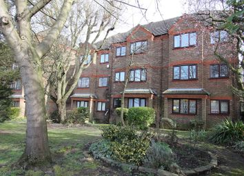 Thumbnail 1 bed flat to rent in Caroline Close, Muswell Hill, London