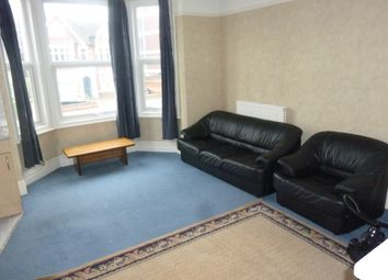 Thumbnail 1 bed flat to rent in Goldington Road, Bedford (Close To Town Centre)