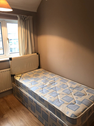 Thumbnail Room to rent in Eton Road, Hayes