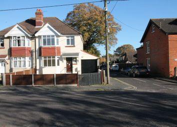 Thumbnail Property for sale in Hollydene Villas, Hythe, Southampton