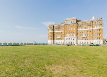 Thumbnail 3 bed flat for sale in Courtenay Terrace, Hove