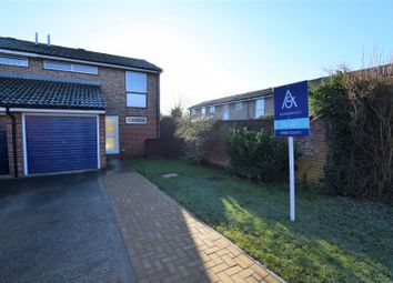 3 bed property to rent in Whitley Crescent, Bicester OX26