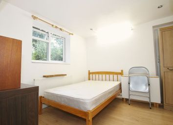 Thumbnail Studio to rent in Greenway, Pinner, Middlesex
