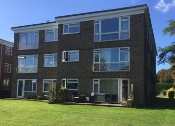 1 bed flat to rent in Grovelands, Horley RH6