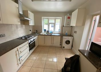5 bed terraced house to rent in Kingston Road, Ilford IG1