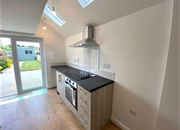 Thumbnail 2 bed property to rent in Bergholt Road, Colchester