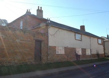 Thumbnail 4 bedroom cottage to rent in West Street, Long Buckby, Northampton