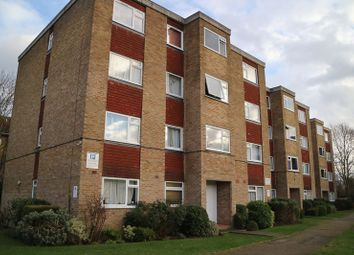 Thumbnail 2 bed flat to rent in Stourton Avenue, Hanworth, Feltham