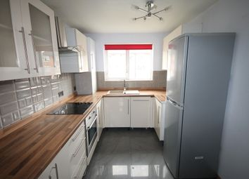 Thumbnail 3 bedroom flat to rent in Martins Road, Bromley