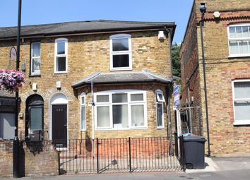 Thumbnail 1 bed flat to rent in Castle Street, High Wycombe, Bucks