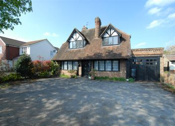 Thumbnail 3 bed detached house to rent in Bath Road, Taplow, Maidenhead