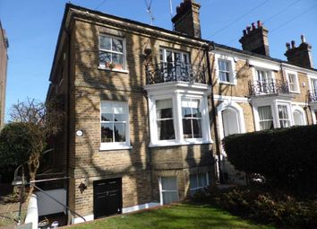 Thumbnail 2 bed flat to rent in Cambridge Road, Southend On Sea