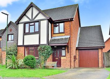 Thumbnail 4 bed detached house to rent in Horsham, West Sussex