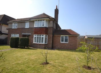 Thumbnail 4 bedroom detached house to rent in Kings Drive, Eastbourne
