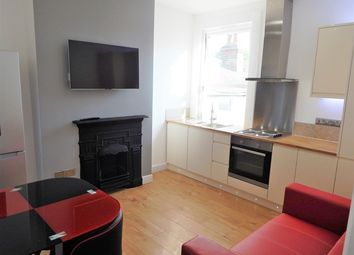 Thumbnail 3 bed flat to rent in Kettering Sreet, London, Wandsworth