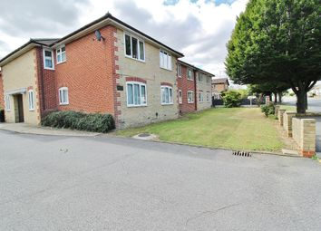 London Road, Benfleet SS7. 2 bed flat