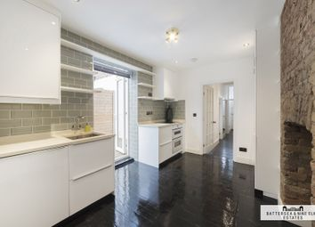2 bed maisonette to rent in Queenstown Road, London SW8