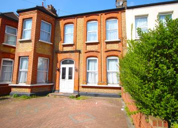 Thumbnail 2 bedroom flat to rent in Valentines Road, Ilford