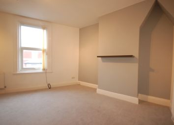 2 bed flat to rent in Regent Road, Blackpool FY1