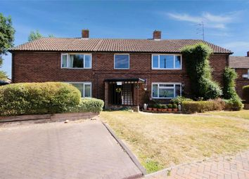 Shamrock Close, Fetcham, Leatherhead, Surrey KT22. 2 bed flat