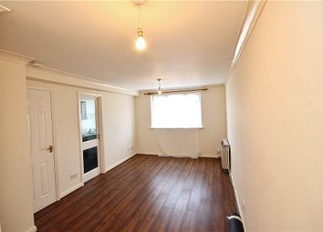 Thumbnail Studio to rent in Dagmar Road, London