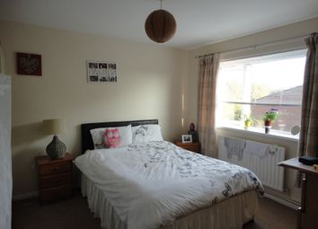 Thumbnail 2 bedroom flat for sale in Farm Lodge Grove, Malinslee, Telford
