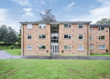 Alpha Court, Hillside Road, Whyteleafe, Surrey CR3. 2 bed flat