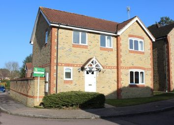 Thumbnail 3 bed property to rent in Wagtail Close, Horsham