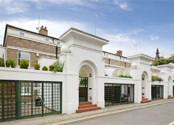 Thumbnail 3 bed mews house to rent in Compton Avenue, Islington, London