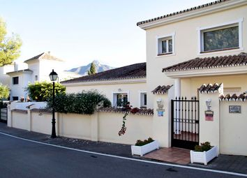 Thumbnail 6 bed villa for sale in Nueva Andalucia, Andalusia, Spain
