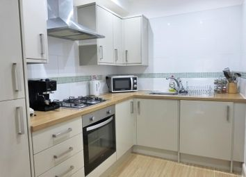 Thumbnail 1 bedroom flat for sale in Angel Pavement, Royston