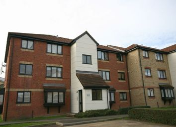 1 bed flat to rent in Magpie Close, Enfield, Middlesex EN1