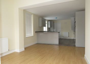 Thumbnail 2 bed flat for sale in New Road, Linslade, Leighton Buzzard