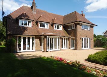 Thumbnail 5 bed property to rent in Woodland Rise, Studham, Dunstable