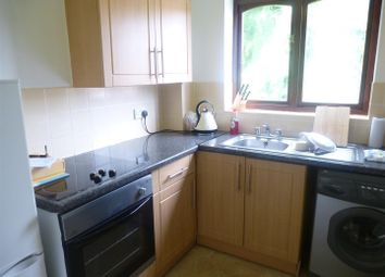 Thumbnail 2 bed flat to rent in Nursery Gardens, Chandlers Ford, Eastleigh