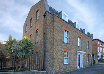 Thumbnail 1 bed flat to rent in Burlington Lane, London