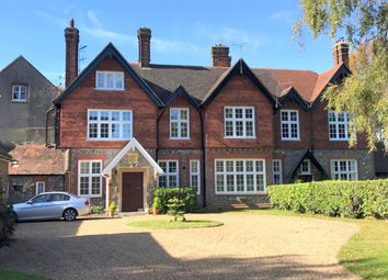 Thumbnail 1 bed flat to rent in Walton Manor North, Walton Manor, Tadworth
