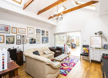 4 bed town house for sale in Queens Road, Buckhurst Hill IG9