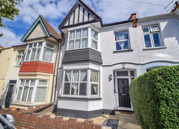 Hildaville Drive, Westcliff-On-Sea, Essex SS0. 3 bed terraced house