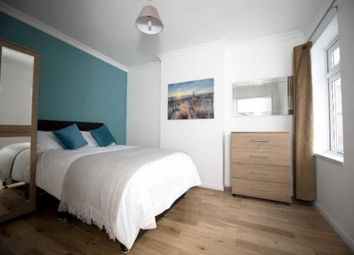 Thumbnail Room to rent in Valentia Road, Reading