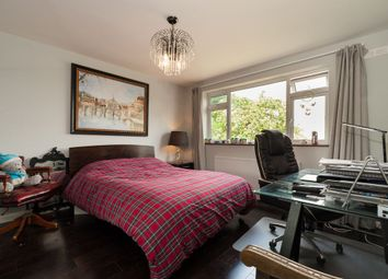 Thumbnail 2 bed flat to rent in Dale View, High Barnet, Barnet