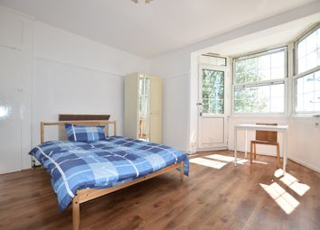 Thumbnail Room to rent in Becklow Road, Becklow Gardens