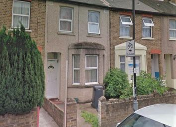Thumbnail 1 bed barn conversion to rent in Featherstone Road, Southall